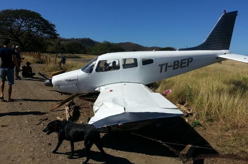 Avioneta se estrella en Costa Rica