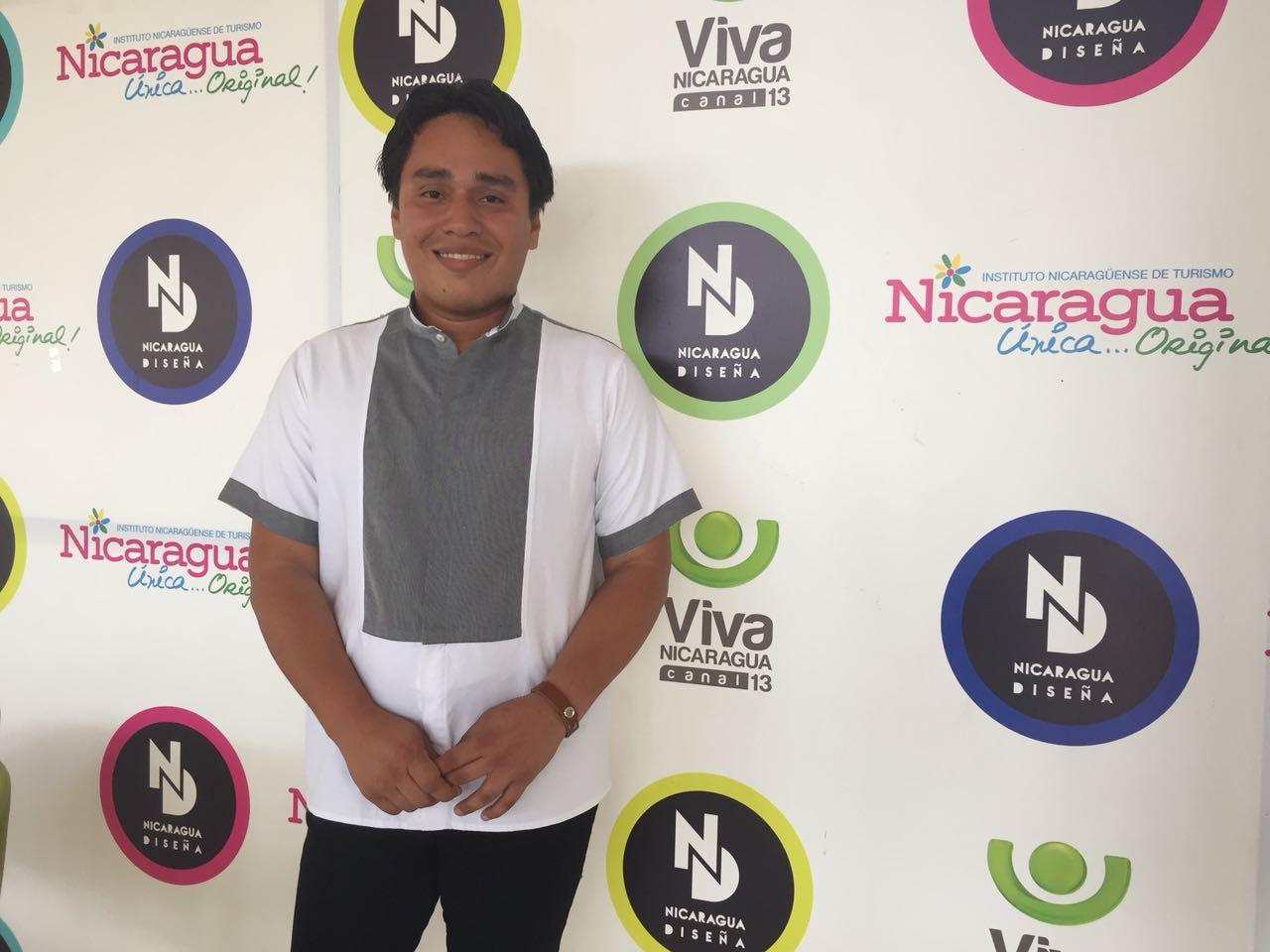El diseñador nicaragüense Álvaro Maradiaga