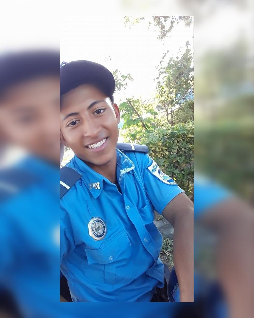 El policía Carlos David Coengialli Mercado