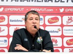 Hernan Dario Gomez DT de Panamá