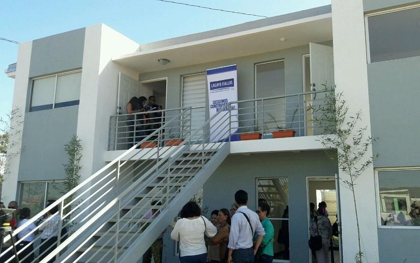 Inauguran primer edificio multifamiliar en carretera nueva a León