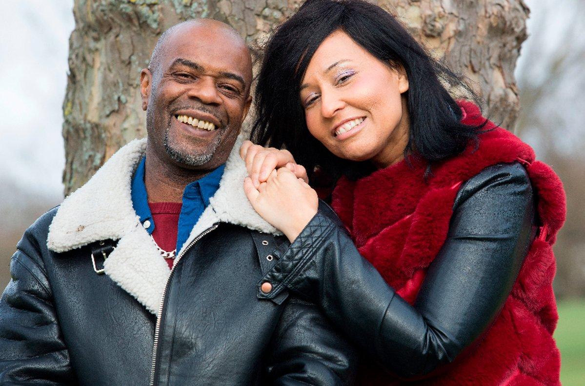 Simon Louis, de 49 años, y Mary Emmanuelle