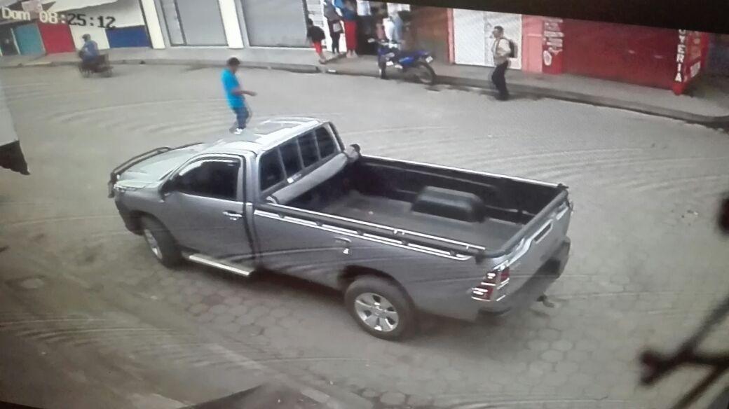 La camioneta robada sin placa está valorada en 28 mil dólares