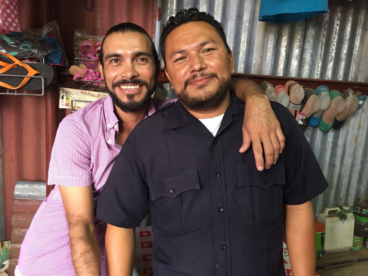 Mauricio Roa Carballo y José Luis Martínez son una pareja feliz que lleva 17 años de convivir en Managua