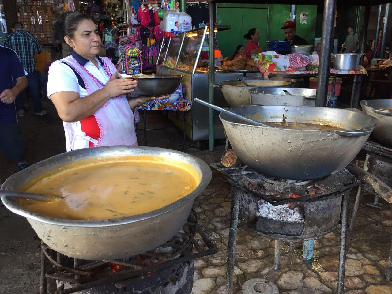 Sopa de Queso en el mercado Israel Lewites de Managua