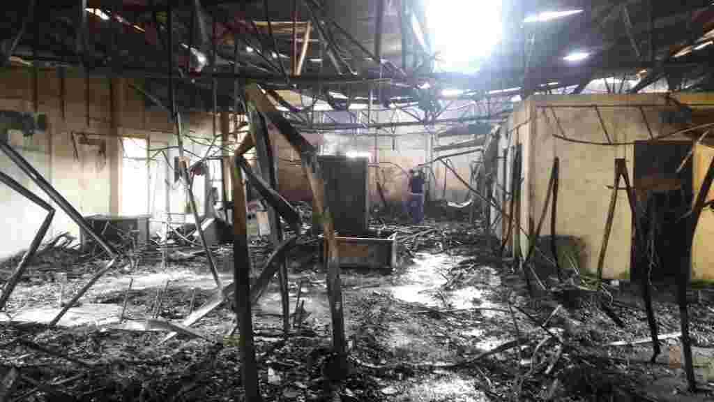 Delincuentes quemaron por completo esta madrugada la Radio Nicaragua