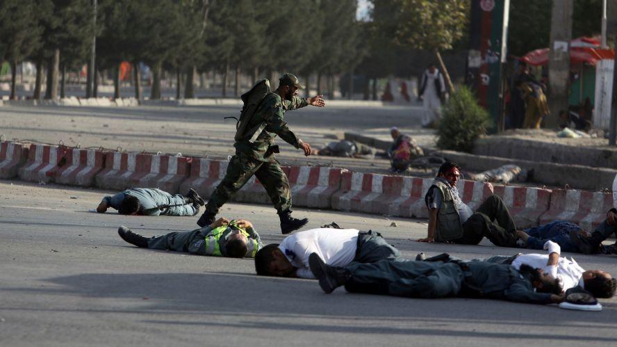 Explosión cerca de aeropuerto en Afganistán deja 14 muertos