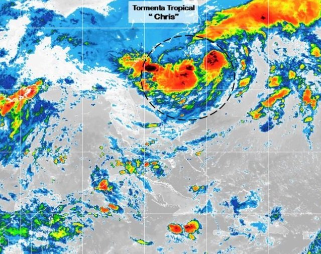 "La Depresión Tropical ""Tres"" se intensificó a la tormenta tropical ""Chris"""