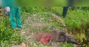 La víctima tenía unos 35 años de edad y murió a causa de una hemorragia masiva