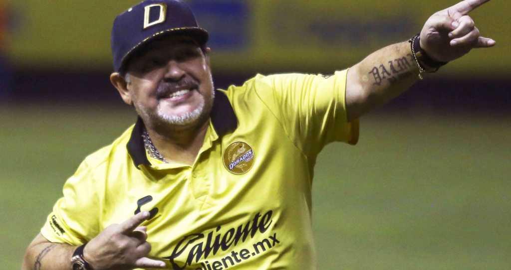 Diego Armando Maradona lleva a los Dorados a la Final en México