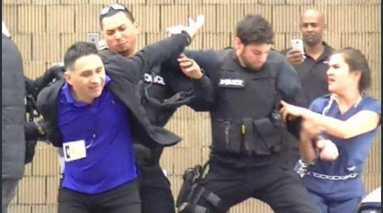 Momento del arresto del periodista Manuel Durán, de 42 años