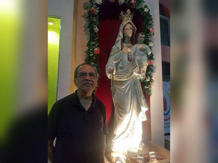 El padre Toñito Castro