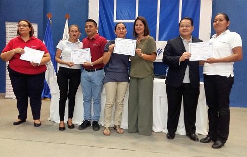 El Diplomado fue gracias a la colaboración de la UNI, el MINED y Fundación UNO