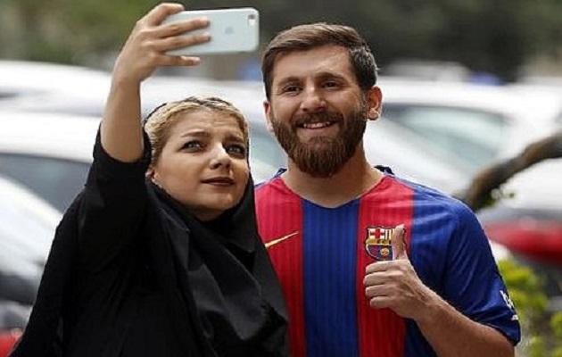 El iraní Reza Parastesh, el doble de Messi
