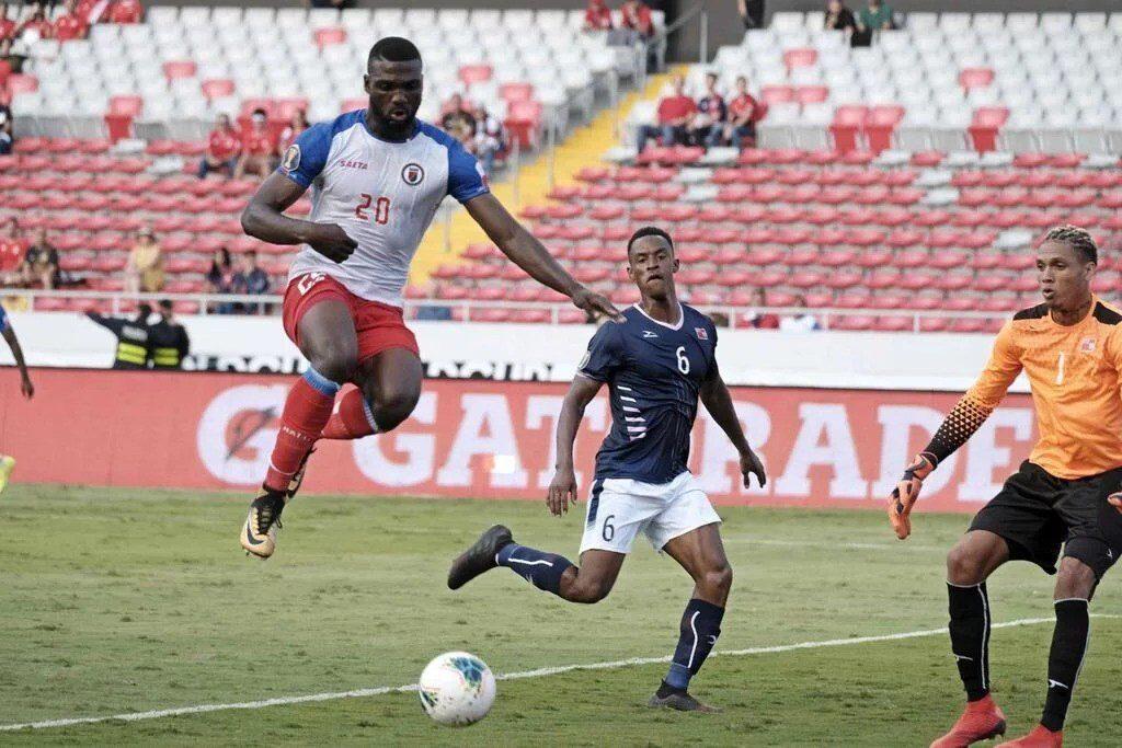 Haití remonta en su debut en la Copa Oro