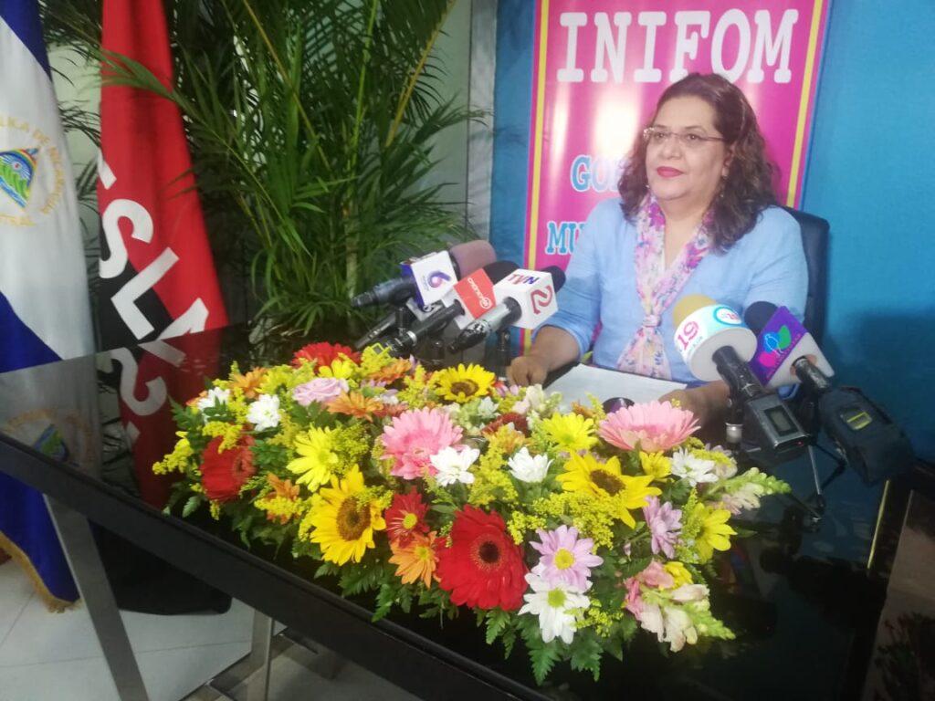 La compañera Giomar Irías, presidenta de INIFOM