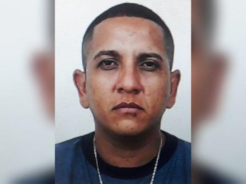 Se busca al pistolero Josué Artola