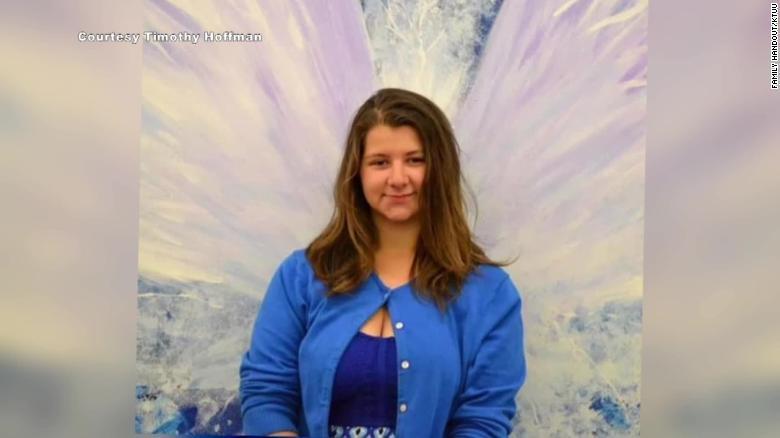 Denali Brehmer , 18 años