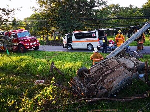 Tres personas murieron en un accidente en Guanacaste, Costa Rica. Foto cortesía de Lateja.cr