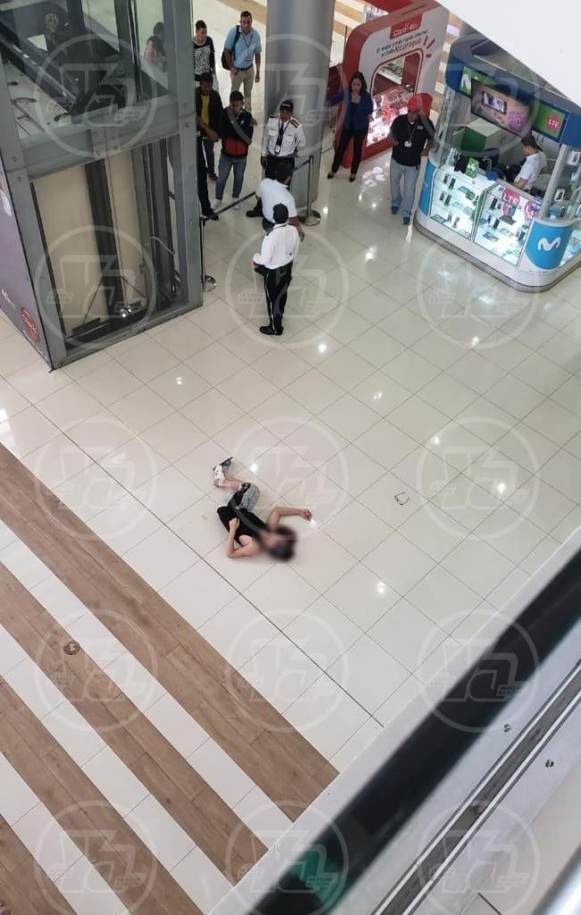 Suicidio en Galerías Santo Domingo