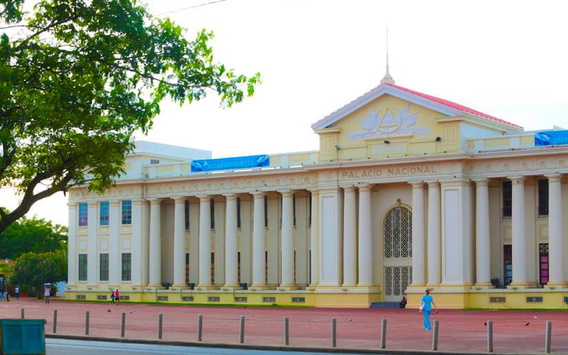 Toma del Palacio Nacional