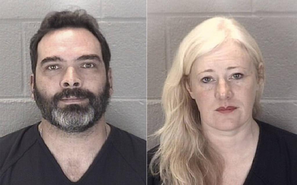 Encarcelados Kristine y Michael Barnett