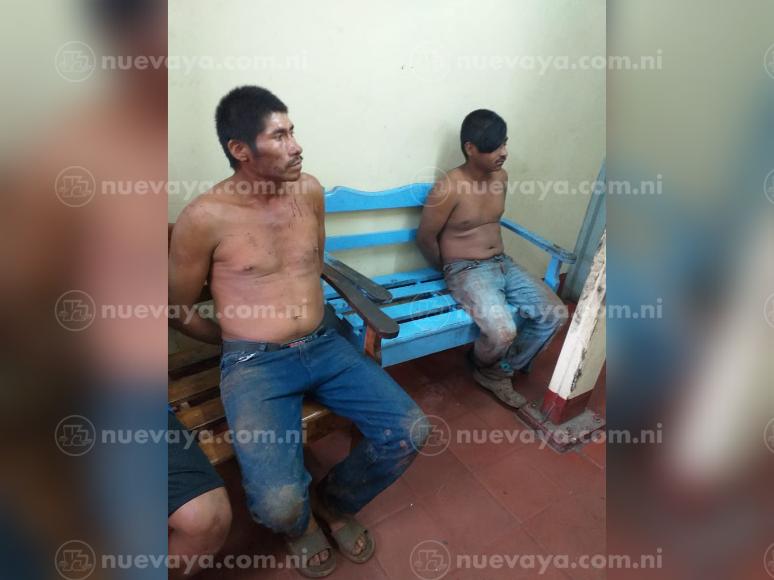 3 sujetos fueron detenidos por atacar con machetes a oficiales de policía en Camoapa