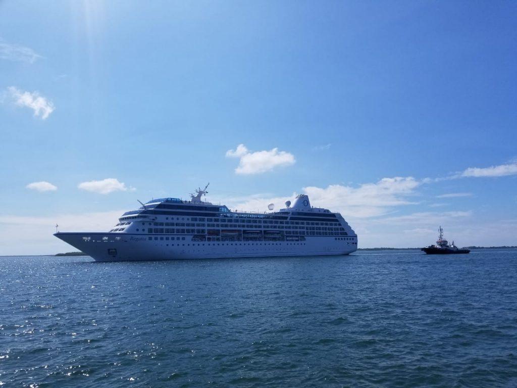 El Crucero Regatta arribó hoy a Puerto Corinto