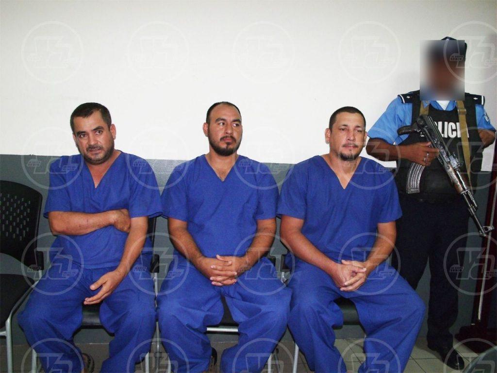 Acusan a mexicanos y costarricense capturados con cocaína en una avioneta en Rivas