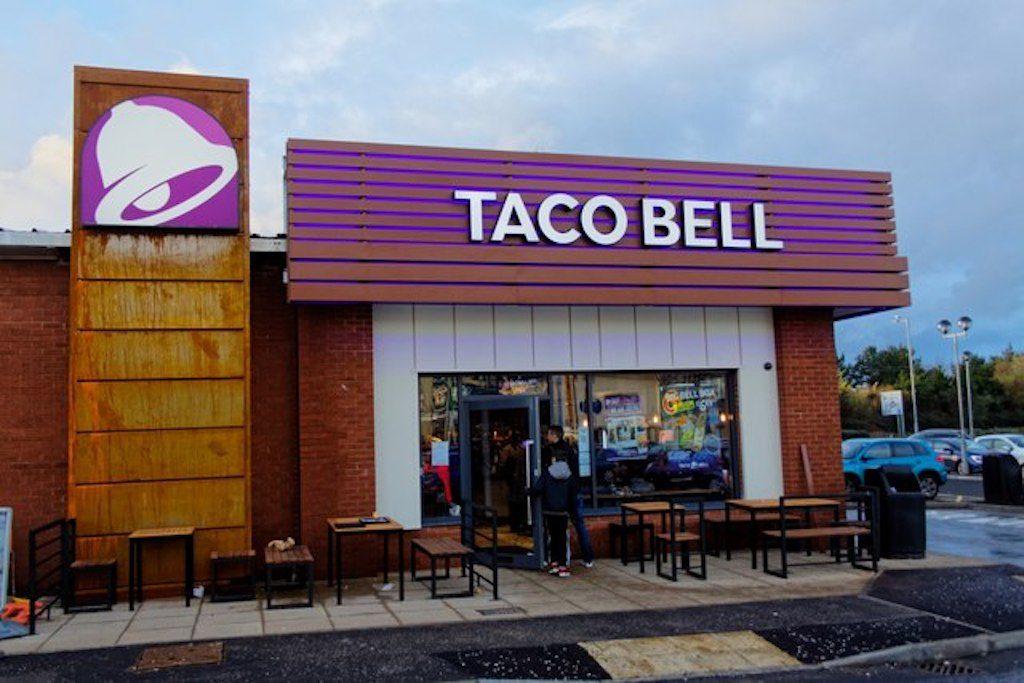Taco Bell anunció el retiro de más de 2 millones de libras de carne contaminada con restos de metal
