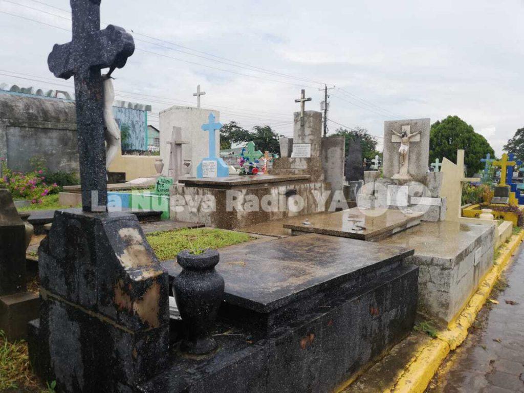 En este cementario hay enterradas unas 100 mil personas