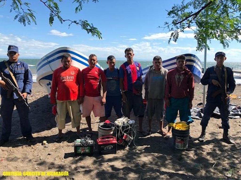 9 pescadores son retenidos con bombas artesanales en Chinandega - Radio YA