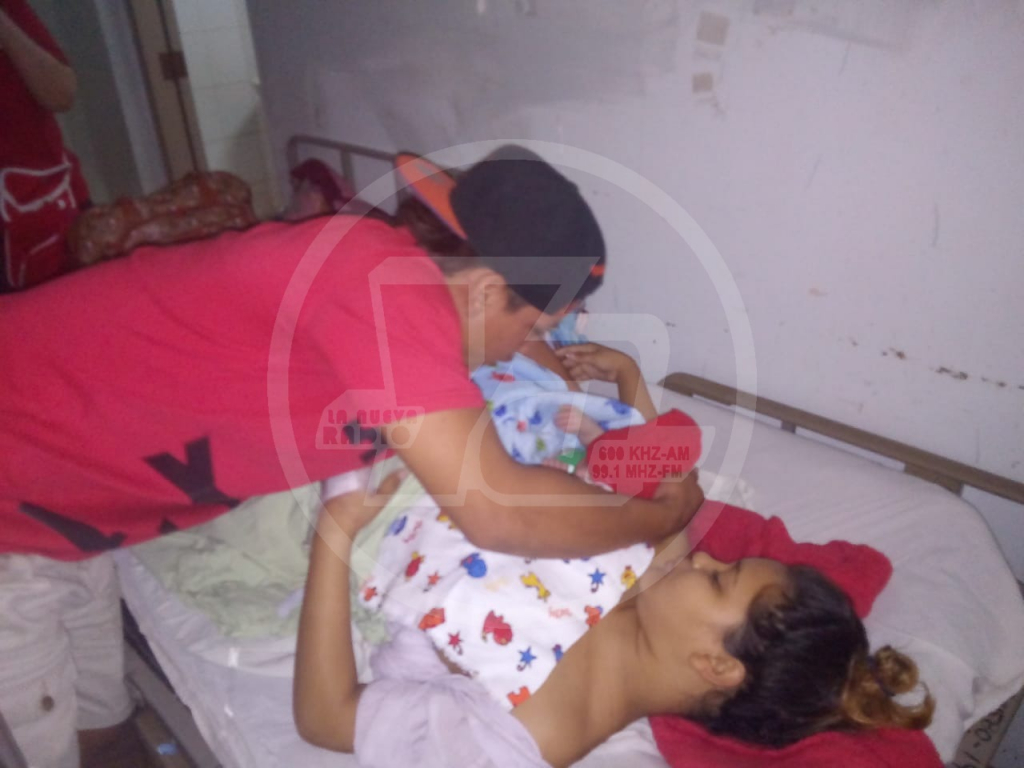 Kenia Díaz quien dio a luz en el hospital de Chinandega