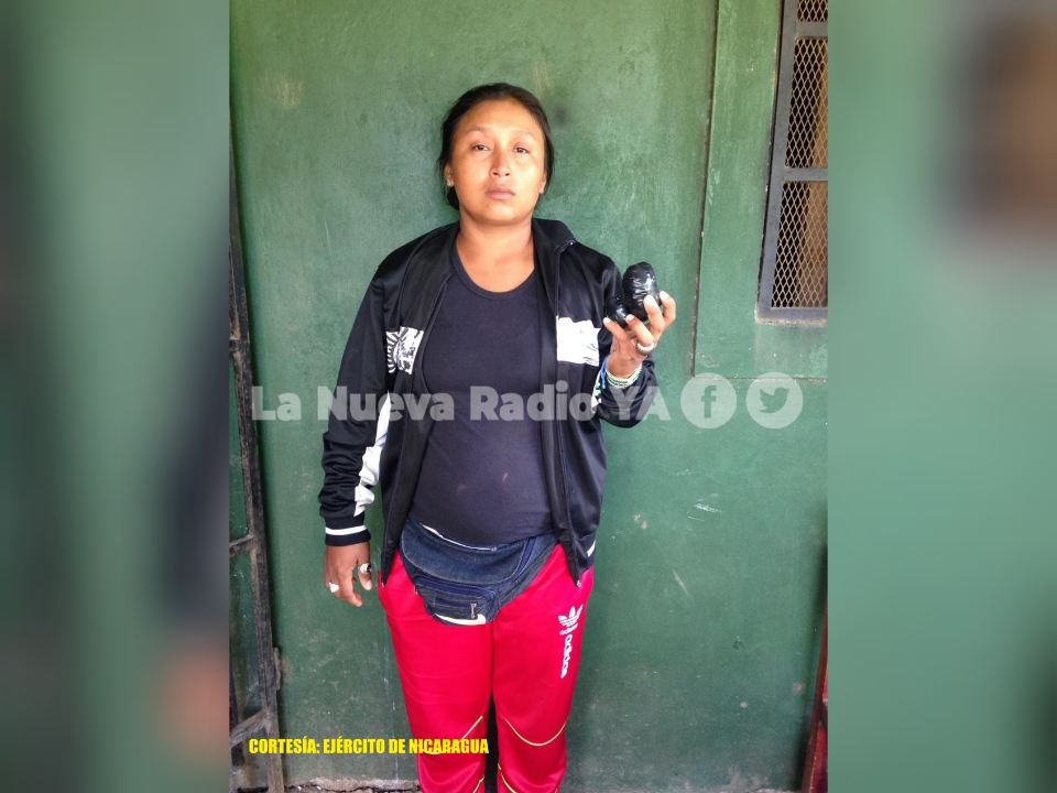 La detenida Marcela Adriana González. Foto cortesía Ejército de Nicaragua