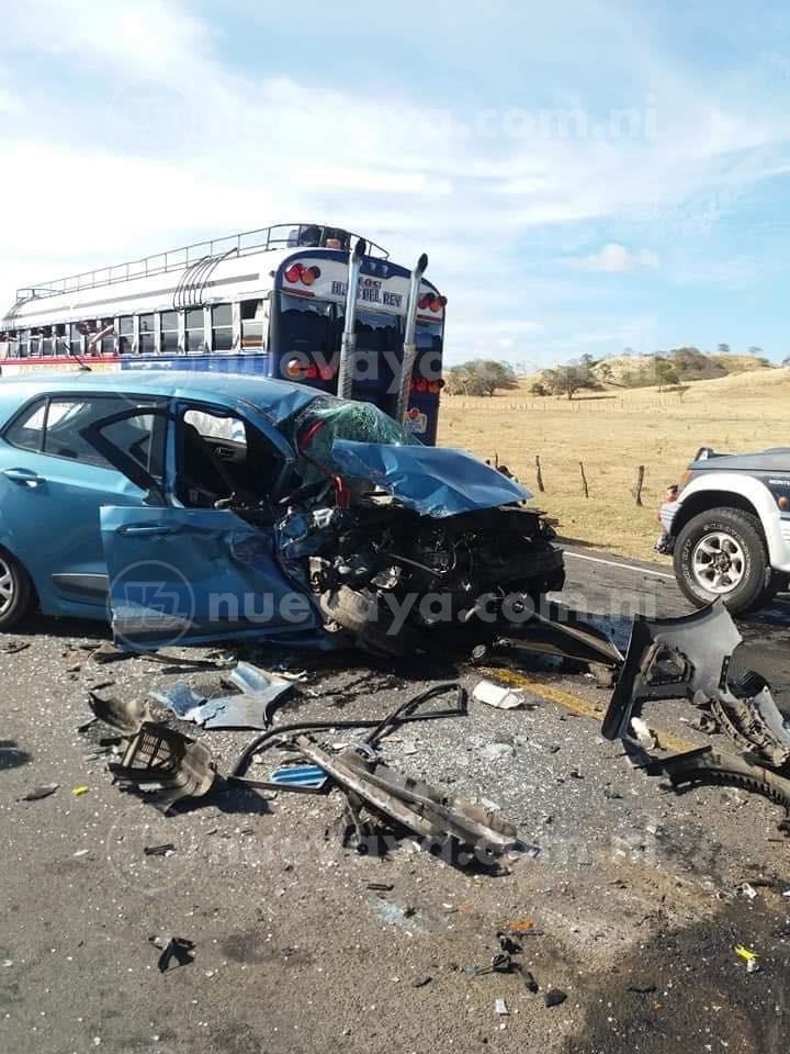 Triple colisión en carretera a Rivas