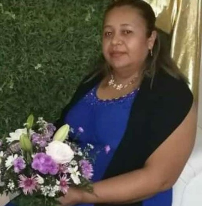 Maestra muere por infarto