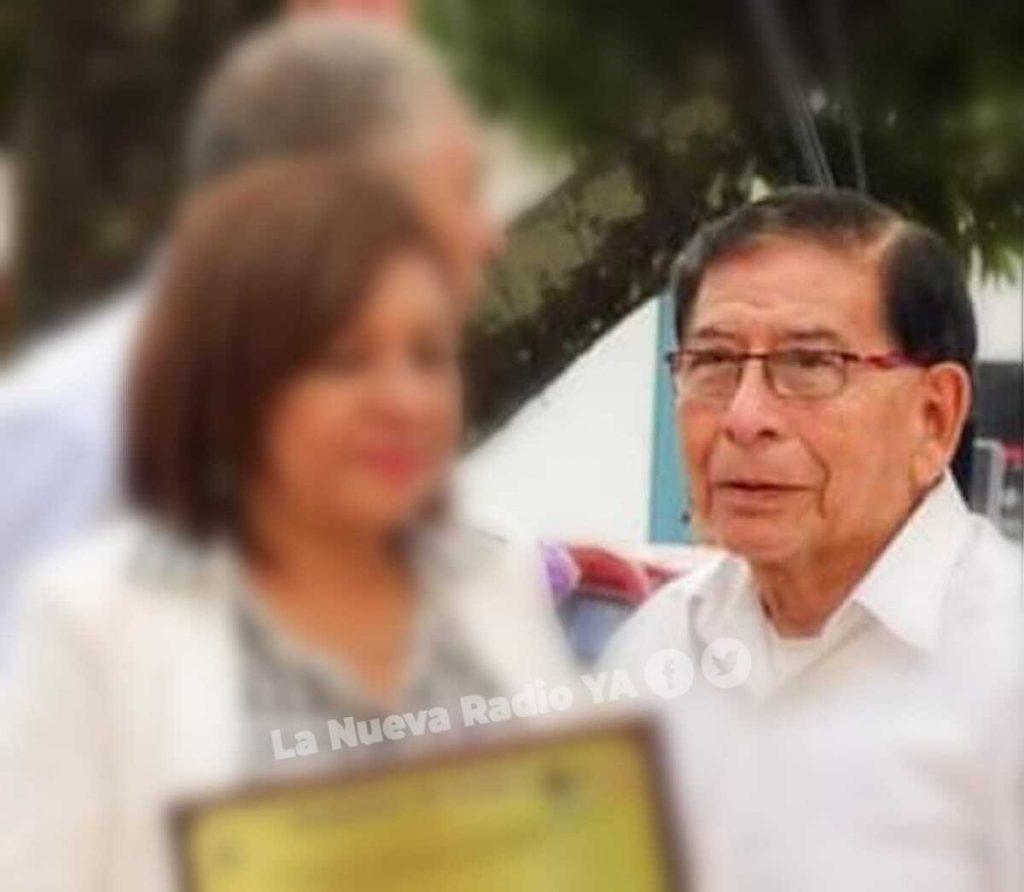 El profesor Alejandro Reyes Molina