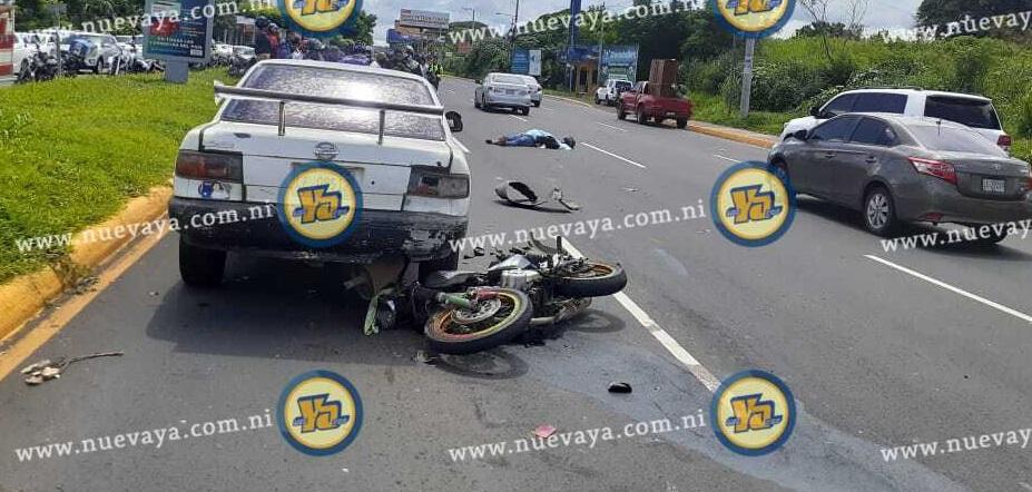 Motociclista muere al impactar vehículo en carretera a Masaya