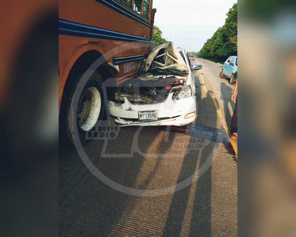 Accidente en carretera vieja a León