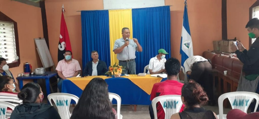 Compañero Arlón Salgado, Alcalde del Poder Ciudadano del Municipio de Yalagüina, se dirige a los protagonistas