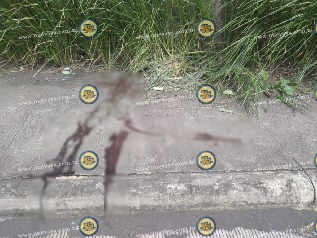 En esta acera fue encontrado el cuerpo del hombre, cerca de Ciudad Belén