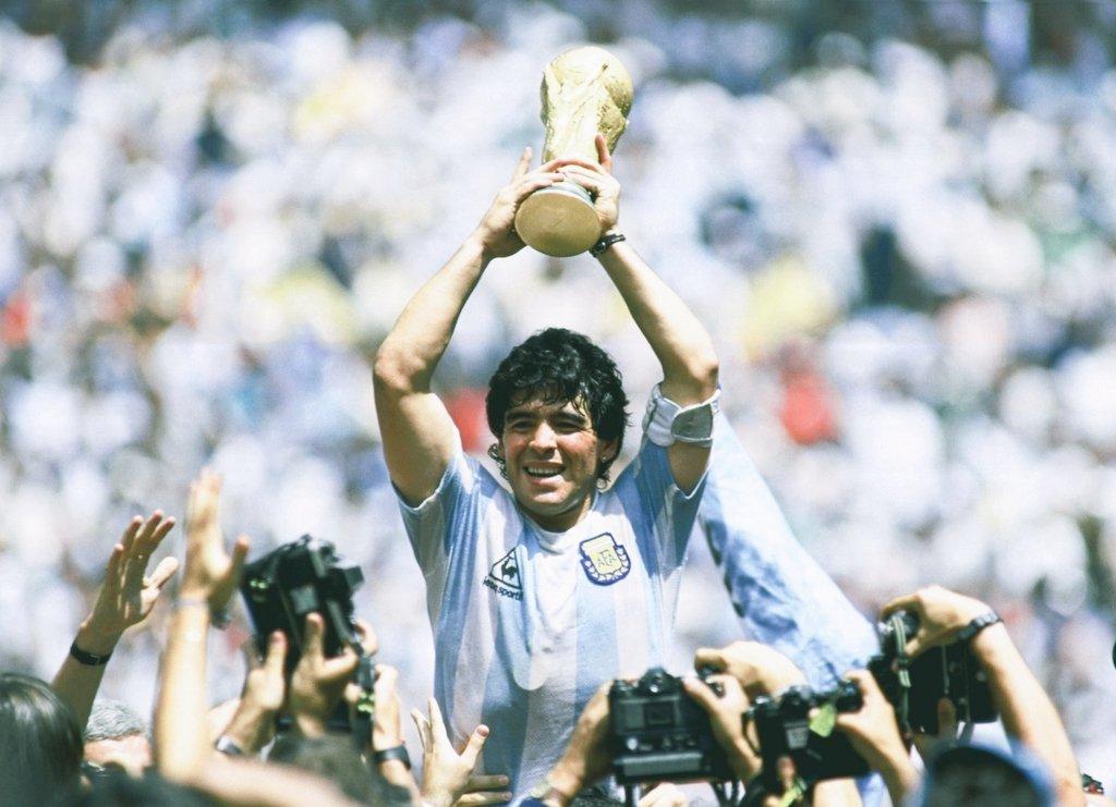 Diego Armando Maradona tendrá una estatua en el Aeropuerto de Ezeiza