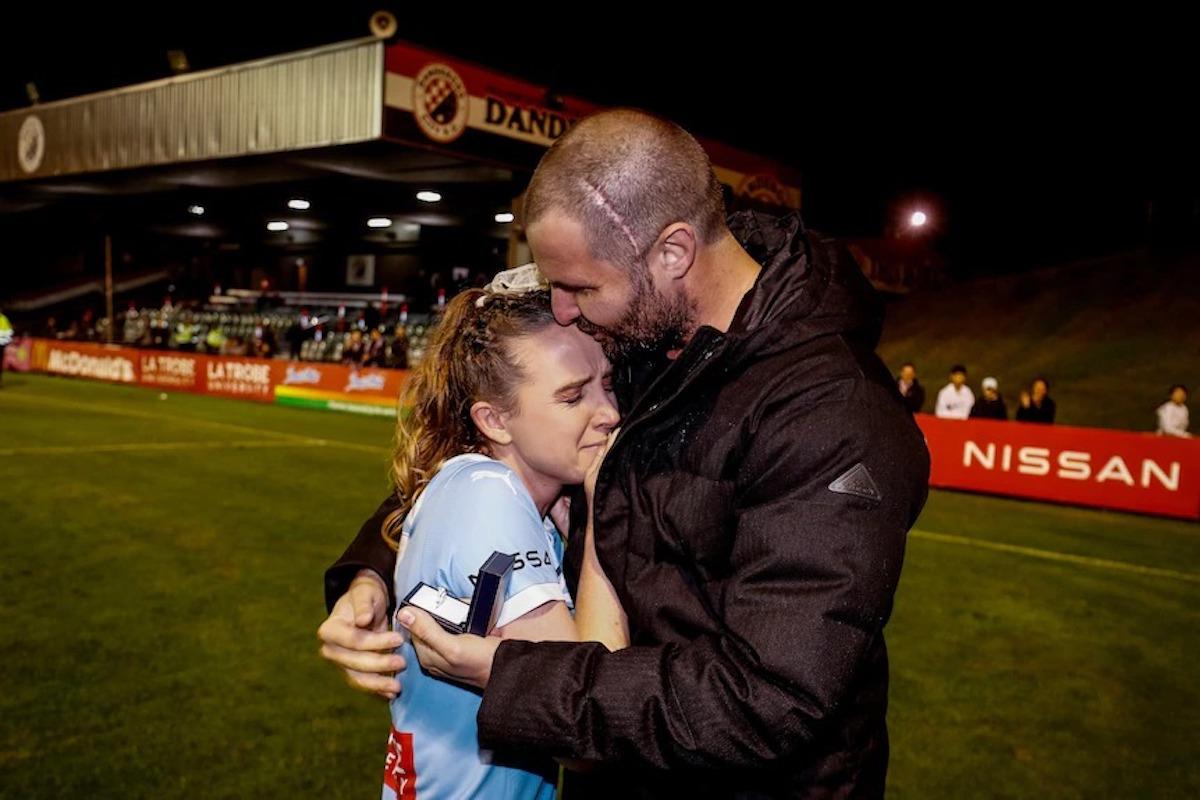 Rhali Dobson se retiró para cuidar a su novio Matt Stonham, quien tiene cáncer