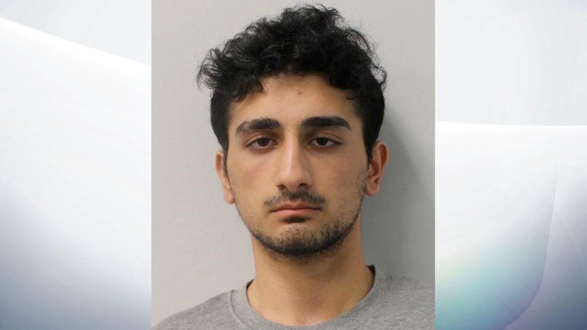 Danyal Hussein, de 19 años de edad
